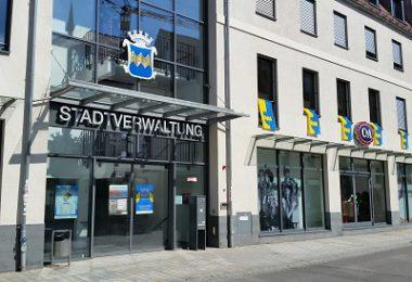 Stadtverwaltung - Rathaus